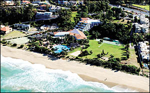 Under plans currently with the NSW Department of Planning, Pelican Beach Resort is to be demolished.