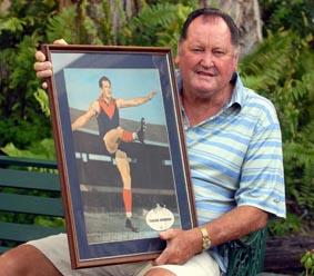 Melbourne Demons VFL legend Bob Tassie Johnson