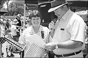 2007 Sawtellian of the Year, Lorraine White, being presented with the award by the mayor, Cr Keith Rhoades.