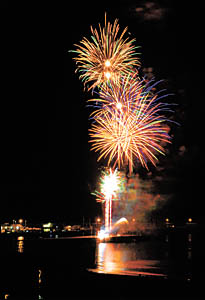 Photographer BRUCE THOMAS captured this photograph of the fireworks from Beacon Hill.