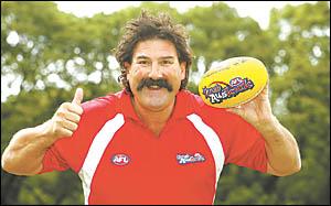Robert ?Dipper? DiPierdomenico is in town to promote the NAB AFL Auskick program.
