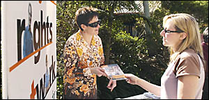 RECRUITING CAMPAIGN: Tania Liernert (left), of the National Tertiary Education Union, talks to SCU student Cordelia Seckold, fr