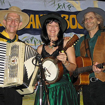 Bushland Boogie will be performing at the inaugural Sunshine Coast Bush Christmas in July at the Nambour Showgrounds.