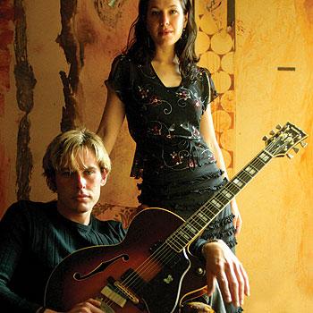 Duo Kacey Patrick and Aaron Hopper make up Stringmansassy