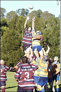 LONG REACH: Simon Makings (left), of Casino, contests the lineout with A Budnick, of SCU. Picture: DAVID NIELSEN