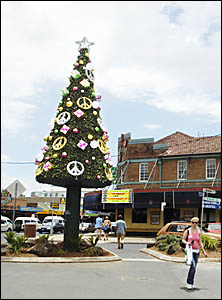 Vandals have attacked Byron Bays new Christmas tree, at the intersection of Jonson and Byron streets.