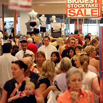 Shoppers pack the Myer store at Sunshine Plaza, looking for a Boxing Day bargain. Photo: Cade Mooney/ 171339f