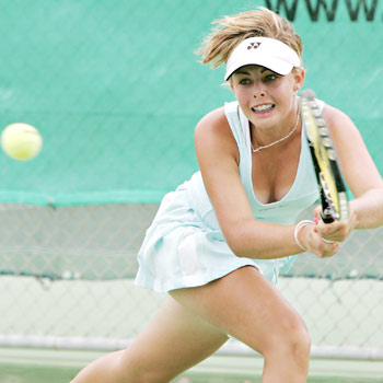 A relaxed Cody Morris will start the defence of her Sunshine Coast Hardcourt Champs title at Kawana today.