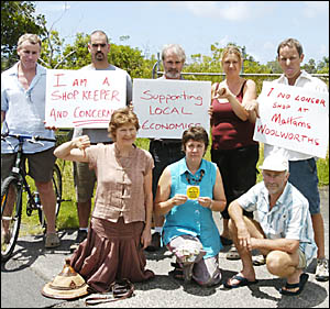 MULLUMBIMBY Community Action Group members (rear, from left) Alok OBrien, Paul Medeiros, John Dolman, Anthea Amore and Garry S