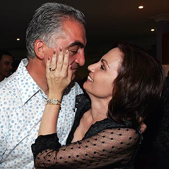 Rosanna Natoli provides a little comfort for husband Joe after a disappointing eletion result. Photo: Chris McCormack