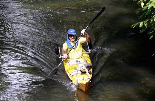 Marathon kayaking environmentalist Steve Posselt  paddles his way down the Mary River.  Photo: Barry Leddicoat / 174127o
