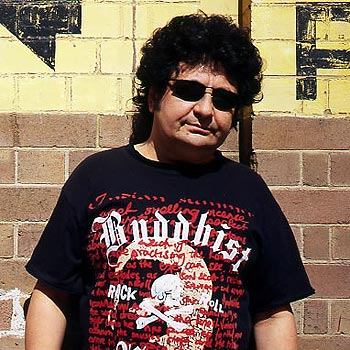 Richard Clapton and his band will play at Noosaville's Lions Park today as part of the NAB150 regional tour.
