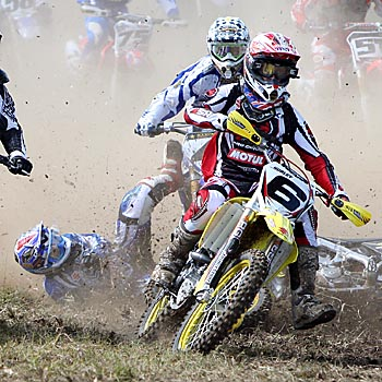 04/05/08             174505c Rockstar MX Nationals at Green Park Conondale: Team Shift Motul Suzuki's Daryl Hurley gets the holeshot in the first race of the Pro Open as his team mate Luke Burkhart goes down taking Cheyne Boyd with him. Photo: Cade Mooney