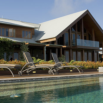 Why not go for a luxurious getaway at Peppers Spicers Peak Lodge Scenic Rim?