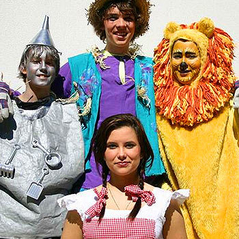 Isaac Saunders, back left, with Sam Sheld and Alexandra Coumbis are set to entertain crowds in Sunshine Coast Grammar School's production of The Wizz with Vanessa Fernandez, front, starring as Dorothy. Photo: 1816snwa