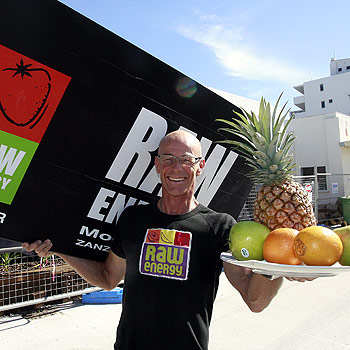 Raw Energy owner Geoff Campbell plans to have between 120 and 180 stores across Australia. Photo: Barry Leddicoat/175005