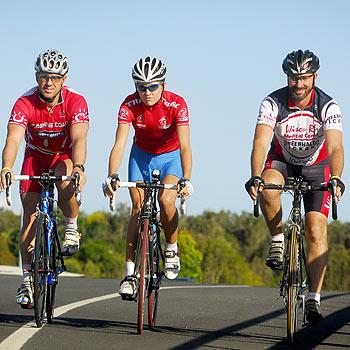 Dahl Drew, Shara Gillow and John Greenhalgh will take part in the Tour de Sunshine Coast. Photo: Che Chapman/174707a