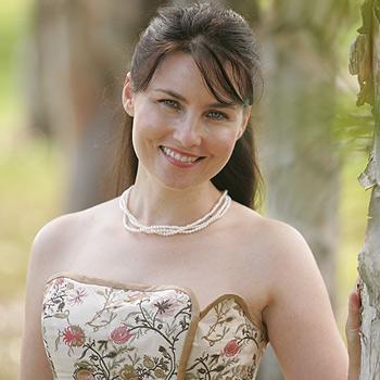 Caloundra opera singer Helen Donaldson is about to star as Yum-Yum in The Mikado in Brisbane. Photo: Brett Wortman/175078
