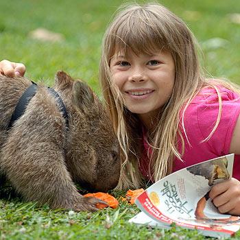 Bindi Irwin with Tonka, the friendly wombat from Australia Zoo. Photo: Warren Lynam/169777b
