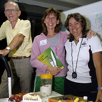 Irwin Low, Karen Davidson and Leysha Penfold at the Cardiac Health Improvement Program (CHIP) at Kawana. Photo: John McCutcheon/165786