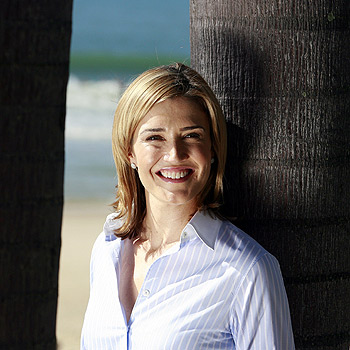 Host of television current affairs show Today Tonight, Anna Coren, at Mooloolaba. Photo: Barry Leddicoat/175377