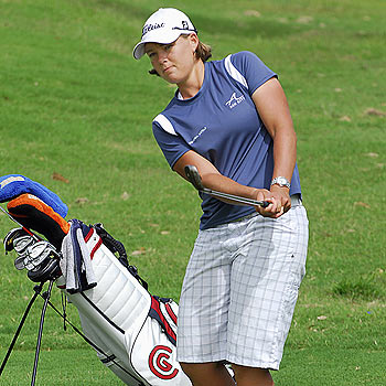 Sunrise Beach golfer Katherine Hull is currently tied in ninth position at the Owens Corning Classic in Ohio.