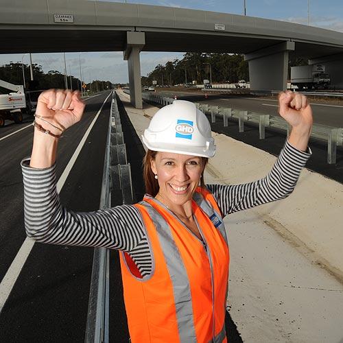 Amanda Jarman from GHD at the Dixon Road-Sunshine Motorway interchange. Photo: Chris McCormack/177166
