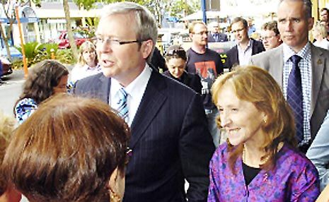 Prime Minister Kevin Rudd with Federal MP for Page, Janelle Saffin in 2007.