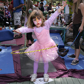 Poppi Eccleston has fun at the Coolum Kindy Spring Fair. Photo: Mike Garry/scw1053g