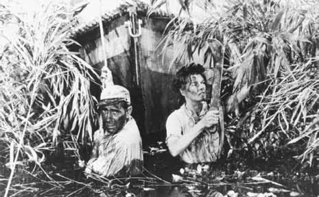 Katherine Hepburn and Humphrey Bogart in The African Queen.