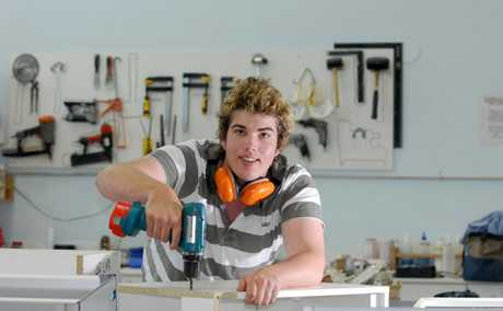 Experienced, qualified cabinet makers are required for an immediate start.
