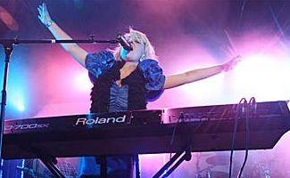 Kate Miller Heidke played at the Caloundra Music Festival.
