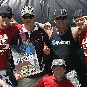 Queensland celebrates victory in the Oakley State Teams Challenge at Coolum last weekend. Photo: Jake White