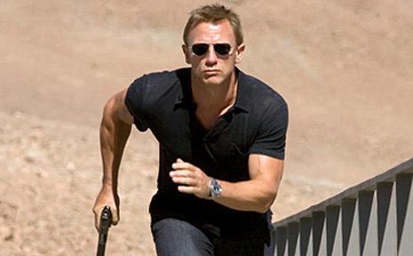 Daniel Craig will return to the screen as James Bond next year.