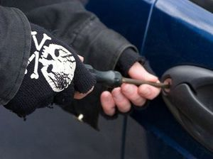 Cars broken into in six streets in M'boro district