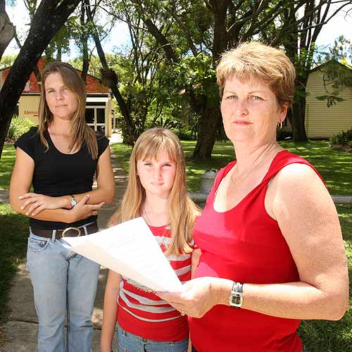 Going Backwards: Cynthia Henderson and Therese Allen, with daughter Kimberley, are angry that senior grades will not be offered at the Kenilworth high school. Photo: Nicholas Falconer / 179973