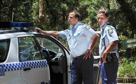 Police on the hunt for the man in the vicinity of Coffs Creek.