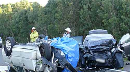 A man died in a head-on crash at David Low Way.