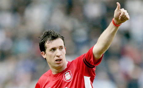 North Queensland Fury are hoping to attract Robbie Fowler to their ranks.