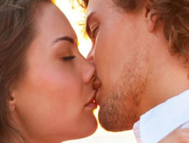 Study finds women avoid kissing men with stubble.