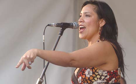 Kate Cebrano performs at the Noosa Food and Wine Festival in 2007.