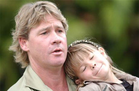 Steve and Bindi Irwin at Australia Zoo in 2004.