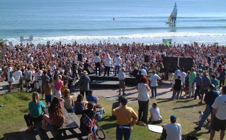 The huge anti-Becton protest gathering at Byron Bay's Main Beach in 2003.