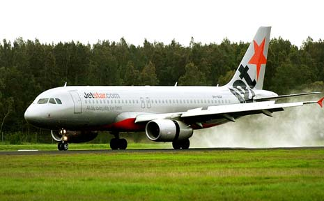 A passenger on a Jetstar plane into Ballina has tested positive to coronavirus.
