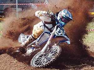Dust flies in Qld Motocross