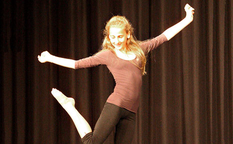 Samantha Murphy puts a comical spin on ballet, earning her first place in the 12-years mime.