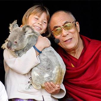 The Dalai Lama with Bindi Irwin at Australia Zoo. Photo:Brett Wortman/16636