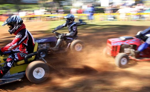 Cut throat action, mower racers jostle for the lead at Pomona Showground.
