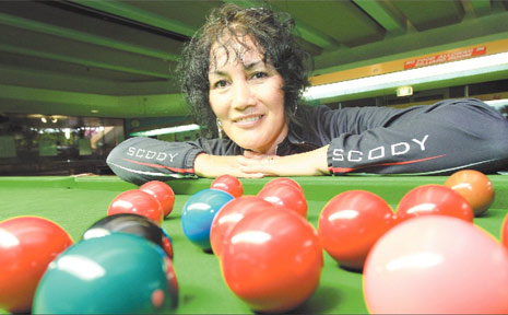BANORA Point's Tea Smith is right on the ball for this weekend's Queensland Open Snooker Championships at Club Banora.
