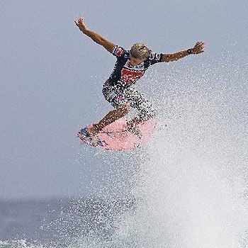 Julian Wilson in action at Snapper Rocks.